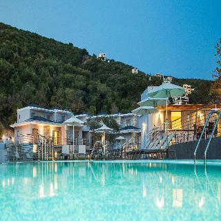cazare la Aqua Grand Resort