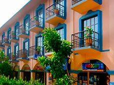 cazare la Hotel Amakal