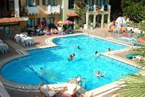 cazare la Montebello Beach Hotel