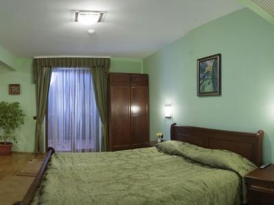 cazare la Rachev Hotel Bolyarski