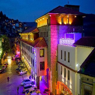 cazare la Yantra Grand Hotel -sharlopov Hotels