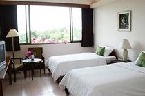 cazare la Mae Pim Resort Hotel