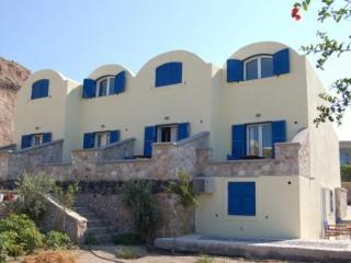 cazare la Karterados Beach Apartments