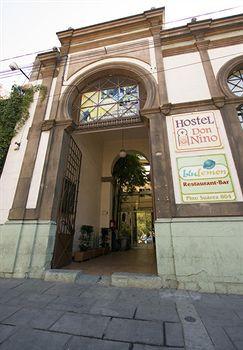 cazare la Hostel Don Nino