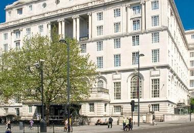 cazare la Britannia Adelphi Hotel