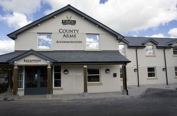 cazare la County Arms