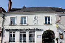 cazare la Le Cheval Blanc (28 Km From Tours)