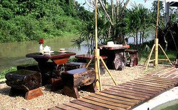 cazare la Baan Rim Klong Resort