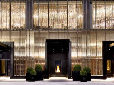 cazare la Baccarat Hotel And Residences New York