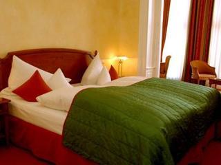 cazare la Schloss Rheinfels Romantik Hotel