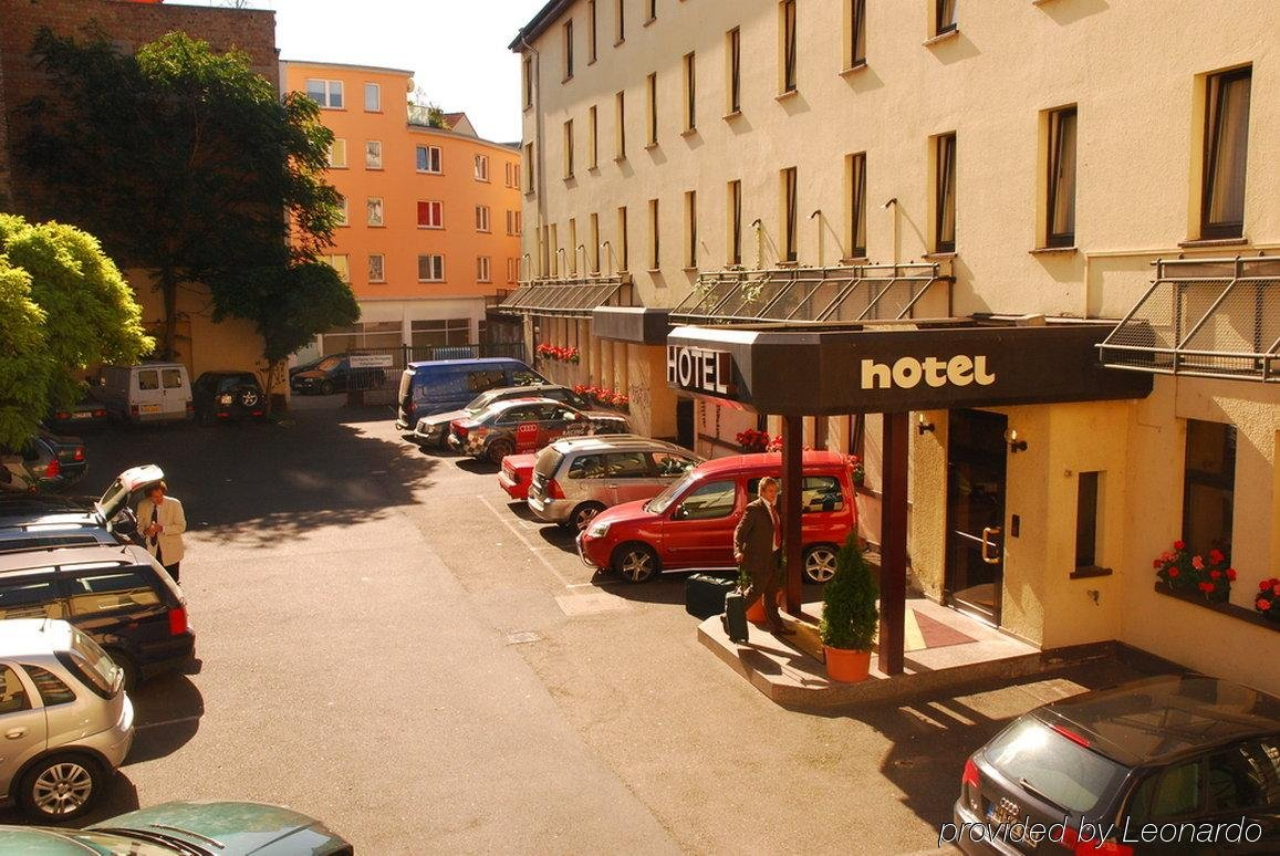 cazare la City Hotel Neubrunnenhof