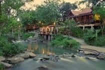 cazare la Ndol Streamside Thai Villas
