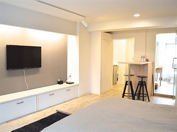 cazare la 1/3rd Residence Akihabara River Side Service Apartment