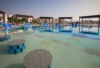 cazare la Sunrise Grand Select Crystal Bay Resort