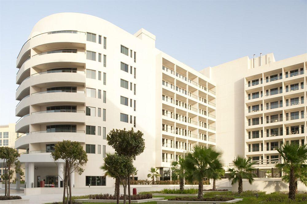 cazare la Staybridge Suites Abu Dhabi Yas Island