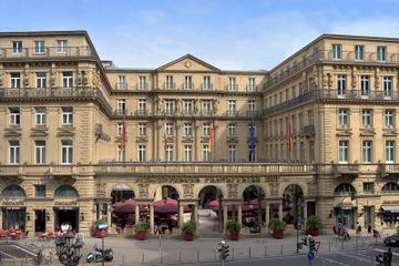cazare la Steigenberger Frankfurter Hof