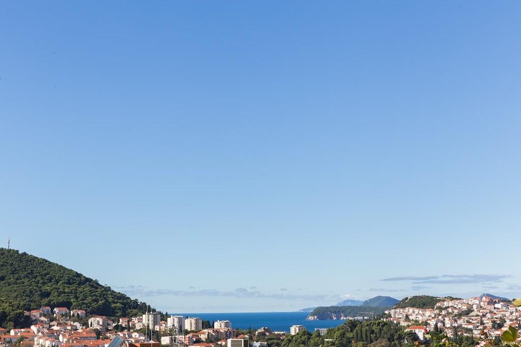 cazare la 650540) Apartamento A 528 M Del Centro De Dubrovnik Con Aire Acondicionado, Aparcamiento, Terraza, B