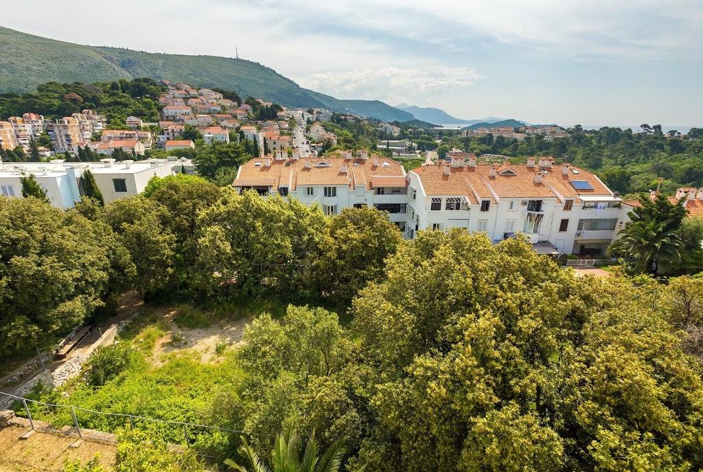 cazare la 650559) Apartamento A 1.2 Km Del Centro De Dubrovnik Con Aire Acondicionado, BalcÓn, Lavadora