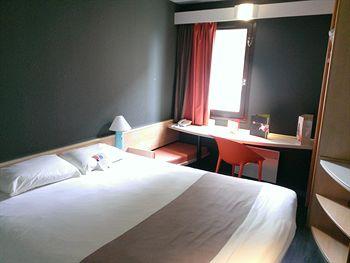 cazare la Ibis Melun Hotel