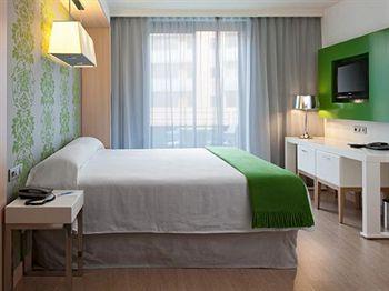 cazare la Doubletree By Hilton Hotel Gir