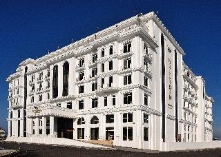 cazare la Wellborn Luxury Hotel