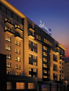 cazare la Radisson Blu Bucharest