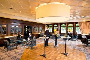 cazare la Maritim Konferenzhotel