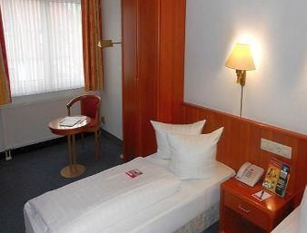 cazare la Ramada Hotel Darmstadt