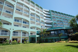 cazare la Pestana Bay Ocean Aparthotel