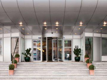 cazare la Savigny Hotel Frankfurt City Messe (formerly Mgallery Hotel Savigny Frankfurt City)
