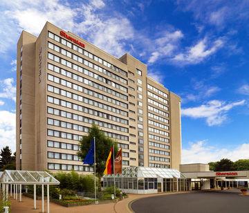 cazare la Sheraton Frankfurt Congress Hotel