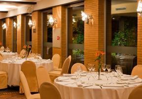 cazare la Ac By Marriott Ciudad De Tudela