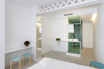 cazare la 1416 - The Green Blooming Apartment