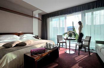 cazare la Aqualux Hotel Spa & Suite