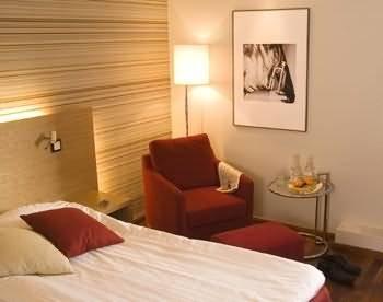 cazare la Quality Hotel Royal Corner