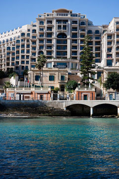 cazare la Le Meridien Hotel And Spa