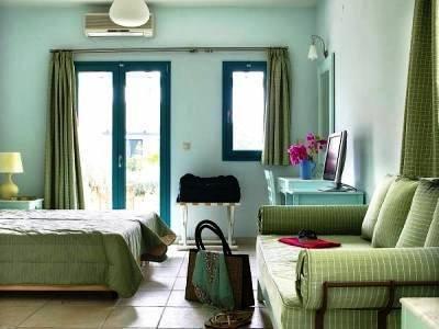 cazare la Avithos Resort Apartments Hotel