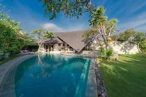 cazare la The Layar Designer Villas & Spa