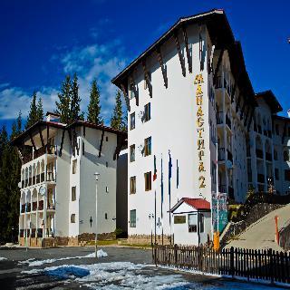 cazare la Monastery 2