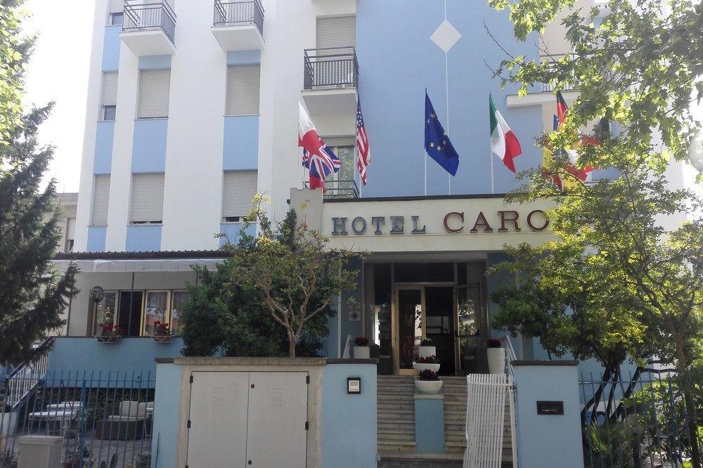 cazare la Carol Hotel