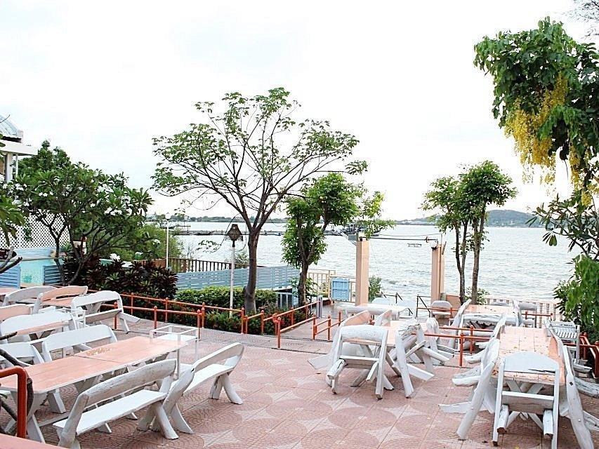 cazare la Bai Bua Beach Resort