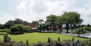cazare la Sampran Riverside