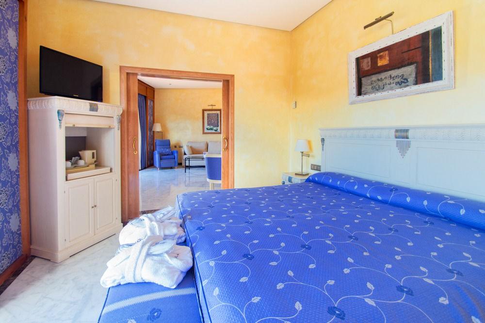 cazare la Hotel Servigroup Montiboli