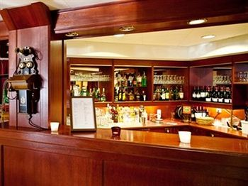 cazare la Best Western Ta Inn Hotel