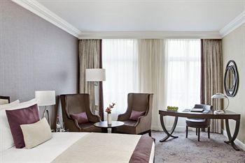 cazare la Steigenberger Grandhotel Brussels