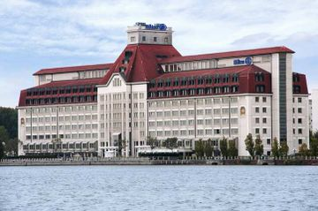 cazare la Hilton Danube Waterfront