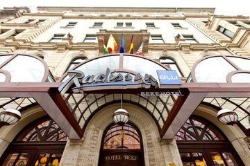 cazare la Radisson Blu Beke Hotel