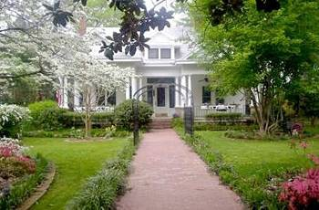 cazare la Southern Elegance Bed And Breakfast Inn