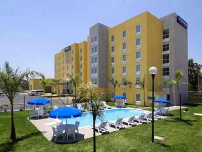 cazare la Hotel City Express Lazaro Cardenas