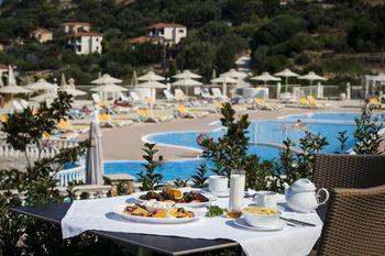 cazare la Dionysos Village Resort